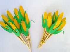 No seu arraiá não pode faltar milho cozido, milho assado. Lindos toppers temáticos para decoração da sua Festa Junina - Festa Nordestina - Arraiá - Festa Caipira