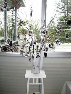 25 trendy wedding pictures display at home polaroid - New Deko Sites Polaroid Pictures Display, Polaroid Display, Polaroid Ideas, Display Pictures, Display Ideas, Polaroid Foto, Polaroid Wall, Polaroid Cameras, Polaroids