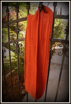 FREE Crochet Pattern: Pumpkin Infinity Scarf - niiiice!