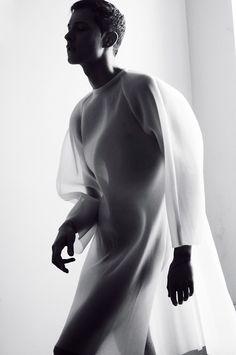 Fluid fabric as Inspiration for #Casadei #Fluid Collection. jetzt neu! ->. . . . . der Blog für den Gentleman.viele interessante Beiträge  - www.thegentlemanclub.de/blog Men's Fashion, Minimal Fashion, High Fashion, Fashion Looks, Transparent Shirt, White Clothing, Gentleman, Pure White, Black White
