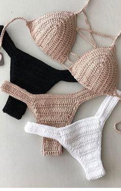 es el bikini de ganchillo más vistoso y hermoso. Part bikini de ganchillo patrones; Love Crochet, Beautiful Crochet, Diy Crochet, Crochet Baby, Crochet Top, Crochet Bikini Pattern, Crochet Bikini Top, Crochet Designs, Crochet Patterns