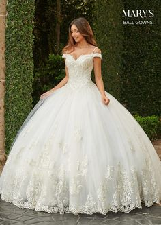 Puffy Wedding Dresses, Cute Wedding Dress, Princess Wedding Dresses, Dream Wedding Dresses, Bridal Dresses, Whimsical Wedding Dresses, Wedding Ball Gowns, Wedding Gown Lace, Wedding Dress Sparkle
