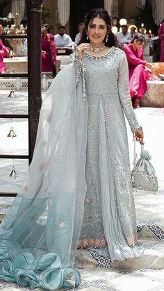 Pakistani Party Wear Dresses, Desi Wedding Dresses, Asian Bridal Dresses, Shadi Dresses, Simple Pakistani Dresses, Pakistani Dress Design, Wedding Outfits, Salwar Kameez, Party Wear Evening Gowns