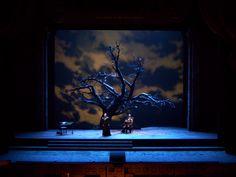 Cyrano de Bergerac. San Francisco Opera. Scenic design by Petrika Ionesco. Lighting by Christopher Maravich. 2010