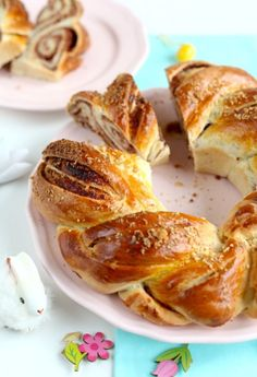 Diós kalács Hungarian Cake, Hungarian Recipes, Hungarian Food, My Recipes, Cooking Recipes, Challah, Sweet Bread, Food To Make, Sweet Tooth