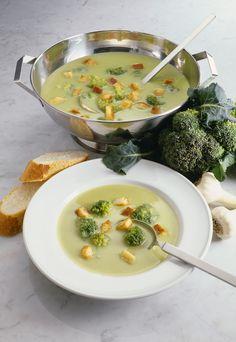 Broccolisuppe - smarter - Zeit: 20 Min. | eatsmarter.de