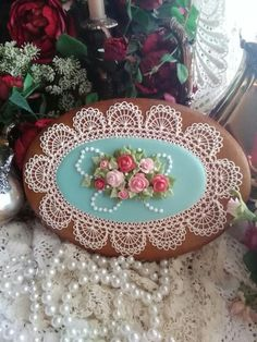 Gingerbread oval rose decorated cookies