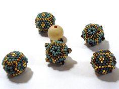 Tutorial on beaded beads