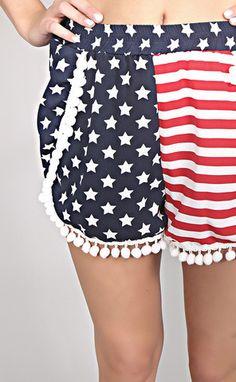 Americana pom pom short