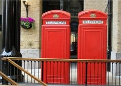 Iconic phone booths in London.  This is a real card (not an e-card) shared from Sendcere.