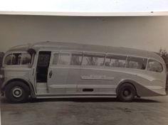 The first new single deckers to be delivered to Barton Transport after the war were Leyland PS1/1s with what became accepted as the classic Duple 'A' bodywork. They were very well appointed dual purpose vehicles and were used extensively on tours and excursions