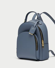 Blue Backpack with Gold Zippers from Zara Cute Mini Backpacks, Stylish Backpacks, Girl Backpacks, Leather Backpacks, Cooler Look, Girls Bags, Cute Bags, Mode Style, My Bags