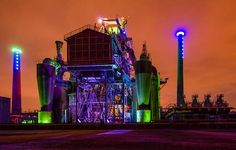 Side view of Furnace No 5 at Landschaftspark Duisburg-Nord (Landscape Park Duisburg North) at night. Credit: Tuxyso / Wikimedia Commons / CC-BY-SA-3.0