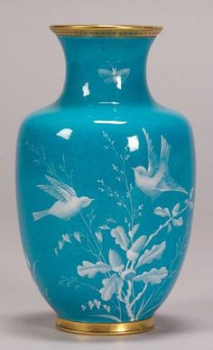 Fine Porcelain China Diane Japan Value Porcelain Jewelry, Fine Porcelain, Porcelain Ceramics, Ceramic Vase, Porcelain Tiles, China Dinnerware Sets, Vase Design, Décor Antique, China Painting