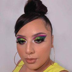 Goth Makeup, Makeup Inspo, Makeup Inspiration, Beauty Makeup, Makeup Ideas, Turquoise Eyeshadow, Glitter Eyeshadow, Eyeshadow Makeup, Eyeshadow Designs