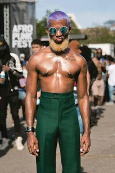 Dope AFROPUNK Brooklyn 2016 photo album shared with us by photographer James Emmerman @jamesemmerman www.jamesemmerman.com & via Pitchfork www.pitchfork.com #AFROPUNKBK2016 See you in London (September 24th) and Atlanta soon!