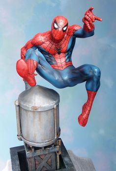 Spider-Man Classic Action statue Sculpted by: John Cleary & Randy Bowen  Release Date: January 2006 Edition Size: 1000 Order Of Release: Phase III (statue #58)  Notes: Bowen Designs Website Exclusive