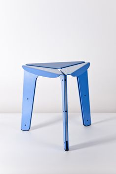Tomas Kral:   STOOL CREATED BY THE REPETITION OF A SIMPLE ALUMINUM SHEET ELELEMT. THE IDEA IS TO REDUCE THE OPERATIONS OF PRODUCTION PROCESS TO THE MINIMUM. THE IDENTICAL PARTS ARE LASER CUT AND BENDED. THEN ASSEMBLED  SHEET AND SERVES ALSO TO SEPARATE TABLE, TO DIVIDE WITH SCREWS. STOOL IS EDITED BY PCM.  MATERIAL:  POWDER COATED ALUMINUM SHEETS SIZE: 410 X 350 X 350 MM DATE: 2009