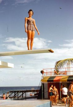 35mm Slide Woman Swimsuit Surfcomber Hotel Miami Beach Diving Board Red Border