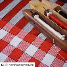 Weaving Designs, Weaving Projects, Weaving Patterns, Dish Towels, Tea Towels, Wool Yarn, Fiber Art, Tartan, Loom