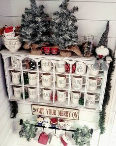 50 Most Elegant Christmas Kitchen Inspirational Decor Ideas You Must Try - Page 17 of 50 - Trendy Elves Elegant Christmas, Winter Christmas, Christmas Home, Christmas Crafts, Christmas Decorations, Christmas Ideas, Christmas Displays, Christmas Coffee, Tree Decorations