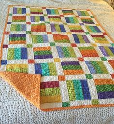 Jelly Rolls Simplify Construction of This Wonderful Quilt - Quilting Digest Scrappy Quilt Patterns, Batik Quilts, Jellyroll Quilts, Scrappy Quilts, Patchwork Quilting, Easy Quilts, Small Quilts, Quilts For Kids, Easy Baby Quilt Patterns