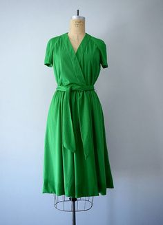 1970s wrap dress . vintage 70s green dress by BlueFennel on Etsy