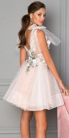 short wedding dresses low back with bow elena vasylkova ? short wedding dresses low back with bow elena vasylkova ? Wedding Dress Bustle, Wedding Dress Low Back, Tea Length Wedding Dress, Long Bridesmaid Dresses, Short Dresses, Prom Dresses, Wedding Dresses, Bridal Gown Styles, Bridal Gowns