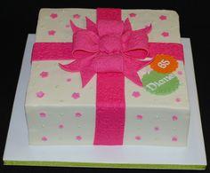 Gift Box Cake by cjmjcrlm (Rebecca), via Flickr