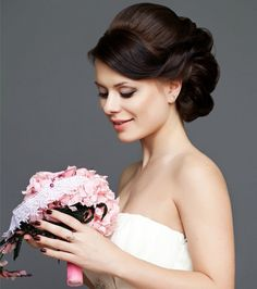 26 Stylish Wedding Hairstyles for A Dreamy Bridal Look