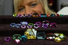 INTERGEM Good sales, high internationality drew to a close with a mixed picture The INTERGEM was unable to escape the general situation in the markets Trade Fair, September, Gemstones, Jewellery, Business, Pictures, Photos, Jewels, Gems