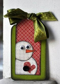 Love this snowman tag, but not the eyes....would do them differently.....