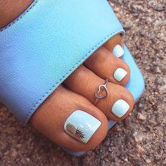 Pretty Pedicures, Pretty Toe Nails, Cute Toe Nails, Fancy Nails, Cute Acrylic Nails, Gel Toe Nails, Feet Nails, Gel Toes, Nail Design Stiletto