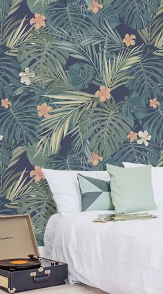 Looking for ways to create a peaceful setting in your home? This tropical wallpaper design helps us to connect with nature and looks beautiful at the same time.