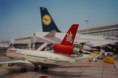 Swissair asia MD-11