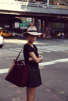le grand sac bandoulière pour votre outfit moderne