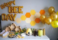 Bee Decorations + Ideas for a Birthday or Baby Shower! Throwing a Bee Birthday Party or Mom to Bee Baby Shower? Girl Birthday Themes, Baby Girl Birthday, Third Birthday, First Birthday Parties, Birthday Party Decorations, First Birthdays, Birthday Ideas, 21 Birthday, Girl Themes