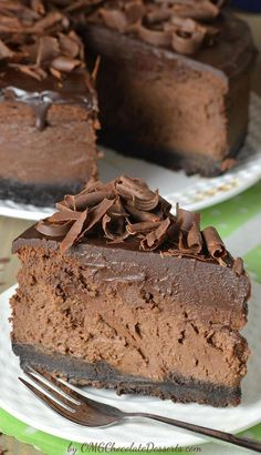 Triple Chocolate Cheesecake with Oreo Crust. The ultimate chocolate lover's dream. Triple Chocolate Cheesecake with Oreo Crust. The ultimate chocolate lover's dream.Triple Chocolate Cheesecake with Oreo Crust. The ultimate chocolate lover's dream. Just Desserts, Delicious Desserts, Dessert Recipes, Yummy Food, Diabetic Desserts, Holiday Desserts, Desserts Diy, Recipes For Cakes, Dutch Desserts