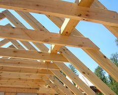 Konstrukcja dachu – jakie wymogi musi spełniać