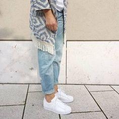 tifmys - Mango kimono, H&M Boyfriend jeans & Adidas Superstar sneakers.