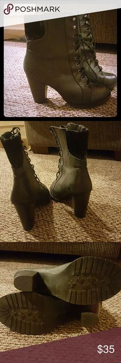 Steve Madden Booties Dark Grey Steve Madden Booties  Worn Once Steve Madden Shoes Ankle Boots & Booties
