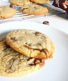 Rolo Cookies! My new go-to cookie recipe. Find it on absolutelymuffin.com ❤️