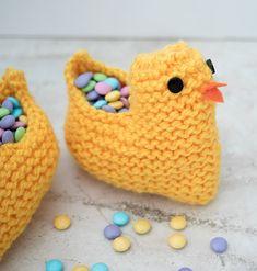 Knit Easter Chick Basket