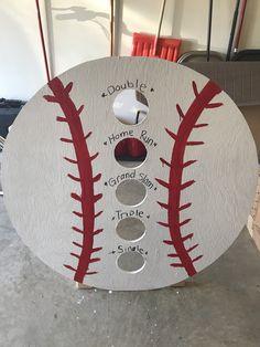 #baseball What a cute idea for a baseball bean bag toss. Don't forget personalized baseball napkins for your #baseballparty www.napkinspersonalized.com