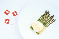 Uovo Poché con Asparagi ed Emmentaler DOP