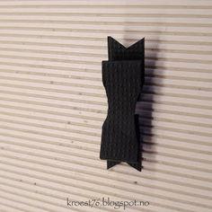 Kristinas kortblogg: Tutorial på bordkort formet som skjorter Sewing, Tutorials, Dressmaking, Couture, Stitching, Sew, Costura, Needlework, Wizards
