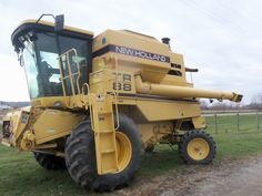 New Holland TR88 Twin rotor combine