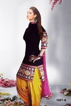 382ba2ad5 RedHot Cotton Black Disigner Semi-stitched Salwar Suit Dupatta Material at  Rs. 799, 1591563 | Voonik India