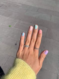 If you like pastel nails and nail designs, if you choose to have beautiful hands, this is your place. Here you can see the best designs and pastel nails to get ideas. Cute Acrylic Nails, Cute Nails, Pretty Nails, Gradient Nails, Rainbow Nails, Winter Nails, Spring Nails, Summer Nails, Hair And Nails
