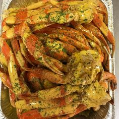 Crab Legs Recipe, Seafood Boil Recipes, Sleepover Food, Boiled Food, Seafood Dinner, Food Goals, Food Cravings, Soul Food, The Best